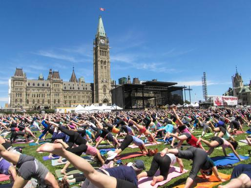 yoga-on-the-hill-2